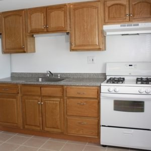 Carlton Club Apartments For Rent in Piscataway, NJ Kitchen
