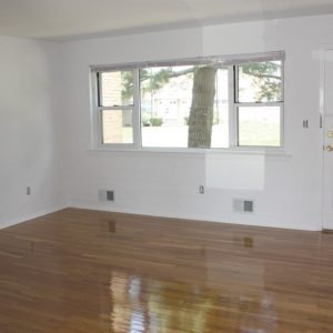 Carlton Club Apartments For Rent in Piscataway, NJ Livingroom